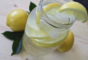 Le jus de citron pour maigrir ventre