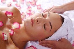 Massage mit Handtuch