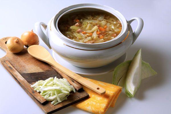 Recette Soupe Aux Choux Brule Graisse Quels Resultats Ventre