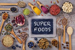 Les super aliments aliments santé permettent de garder la forme
